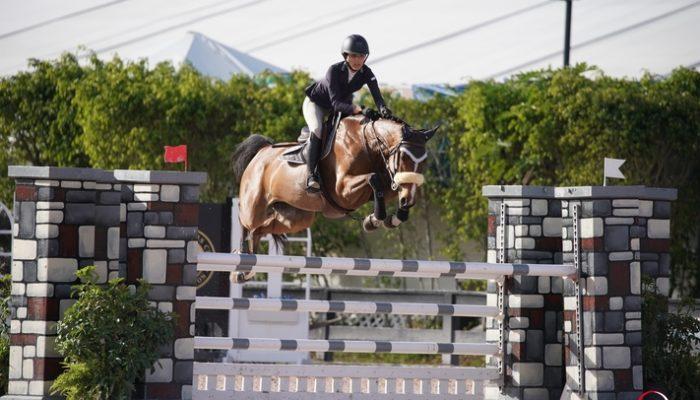 21/02/2018 ; Wellington FL ; Winter Equestrian Festival - Week 7 ; 6155, DOPHELIA, MIRANDA VICTORIA BURRUANO ; low junior jumper 1m20 ; Sportfot